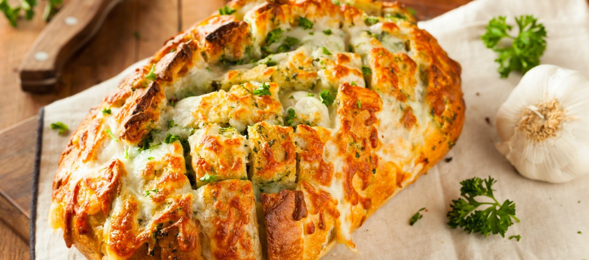 Garlic Pull Apart Cheesy Bread