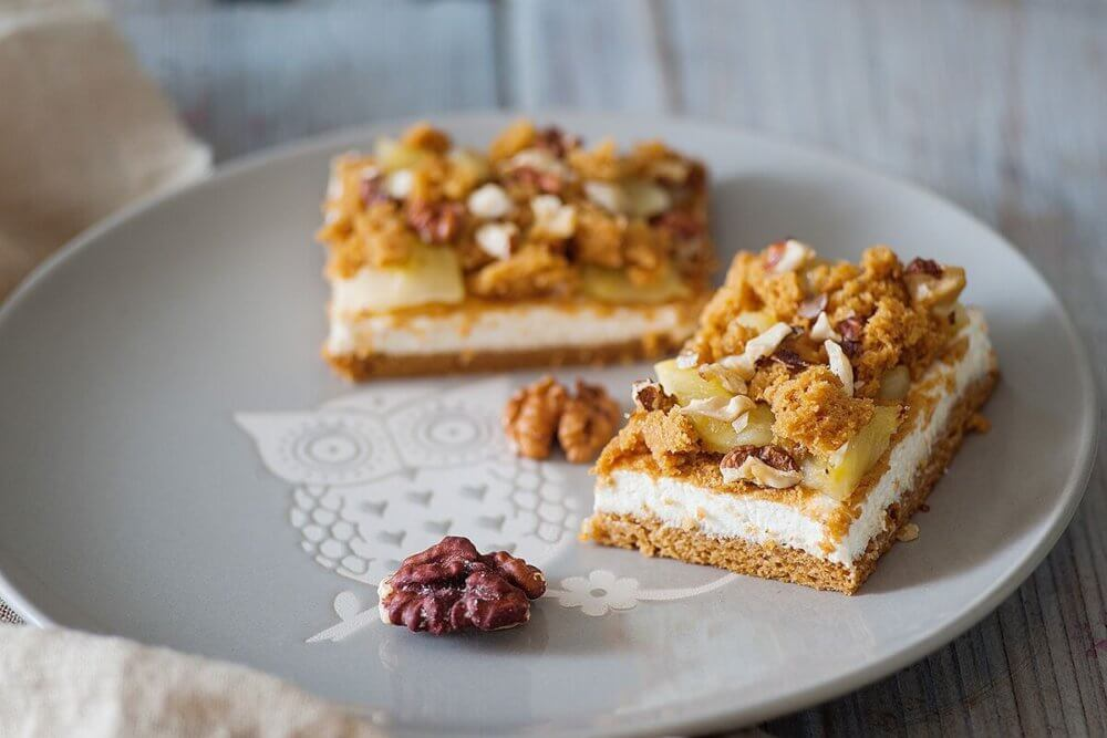 apple crumb cheesecake bar recipe