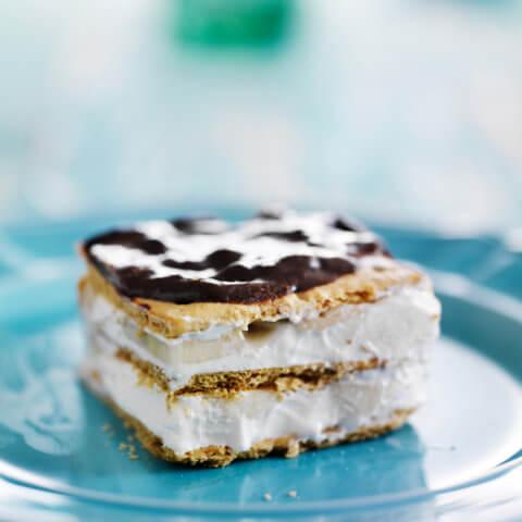 chai-latte-and-banana-eclair-cheese-cake-1024x1024