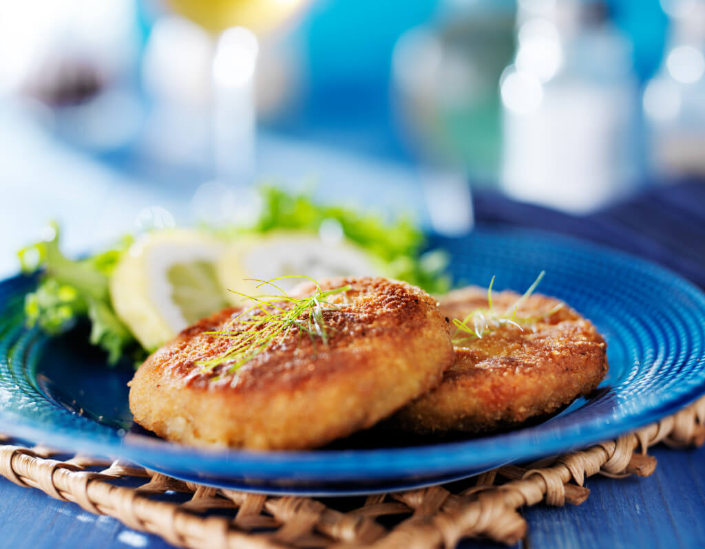 Do You Bake Or Fry Crab Cakes